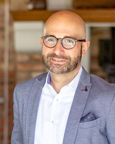 Nicolaos Penteridis Rechtsanwalt beim Arbeitsunfall • Sozialrecht Paderborn • MPK Rechtsanwälte • Fachanwalt • Fachanwälte • Kanzlei • Fachkanzlei