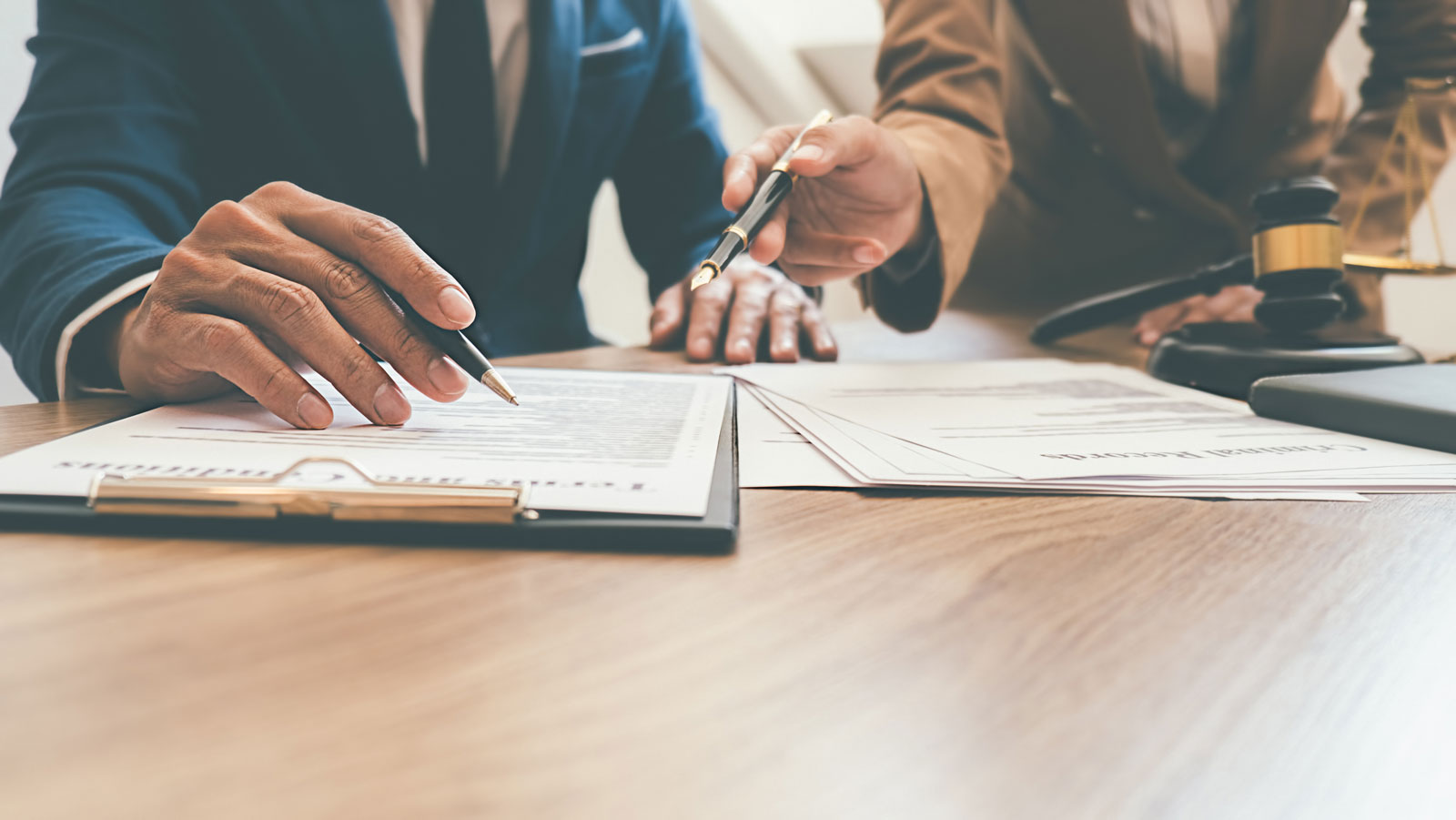Ihre Fachkanzlei aus Paderborn • MPK – Melzer Penteridis Kampe• Fachanwalt Rechtsanwalt Versicherungsrecht